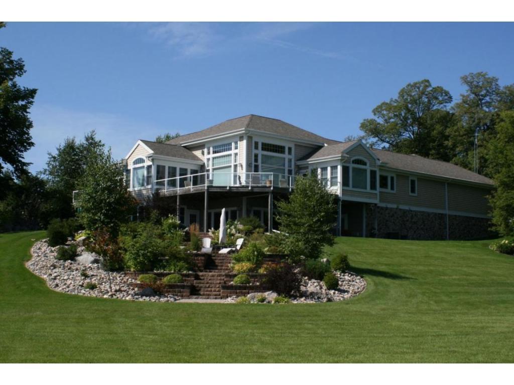 Executive Lake Lida Home