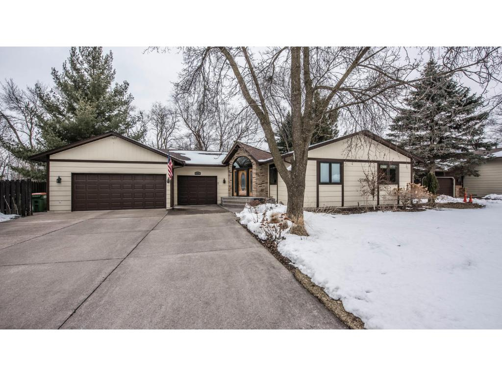 2385 Laport Drive Mounds View MN 55112 4939750 image1