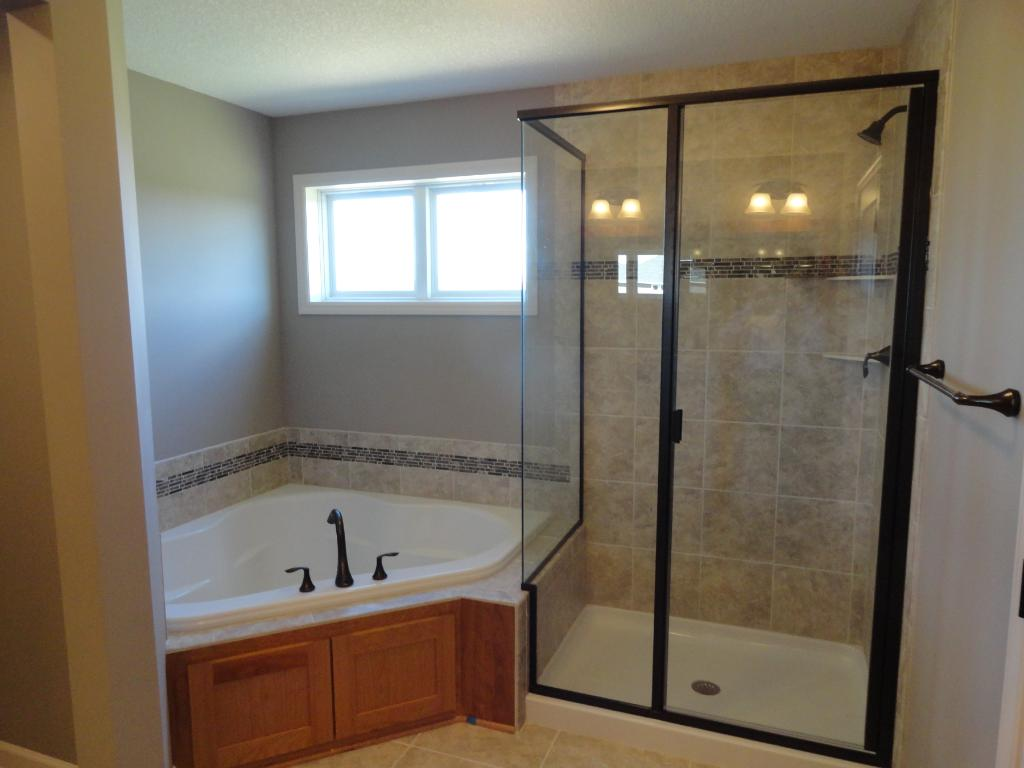 Owners bath photo from a similar home