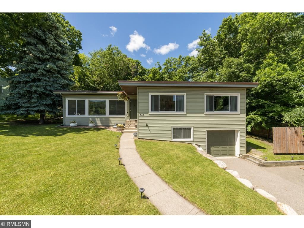 Welcome home- this ranch in Uptown Wayzata is move in ready and waiting for you!  4 bedrooms, 2 baths, private backyard with screened porch, complete remodel, brand new furnace, and a short walk that all of the shops, restaurants and Lakeside!