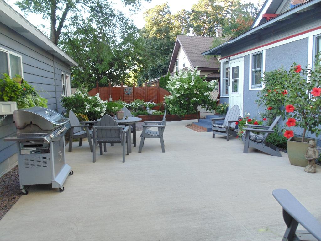 This is the place to have those summer BBQs and patio parties! Private, fenced-in concrete patio.