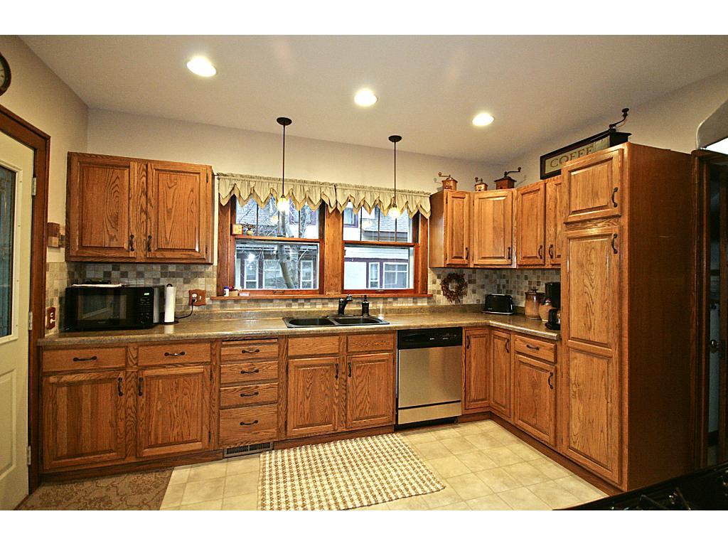 Kitchen is 11x13'.