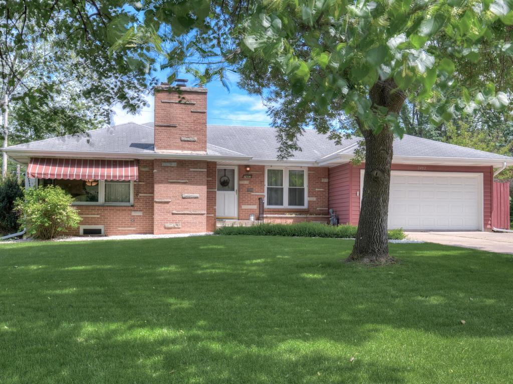 2482 Sheldon Street Roseville MN 55113 4922144 image1