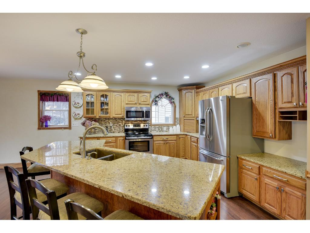 Beautiful Bamboo Hardwood Floors and Brand New Granite Island!