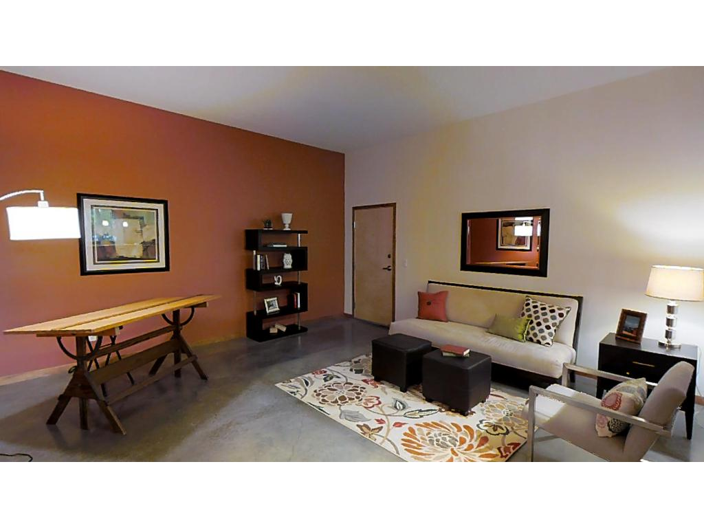 Second living space--makes a great office or guest area