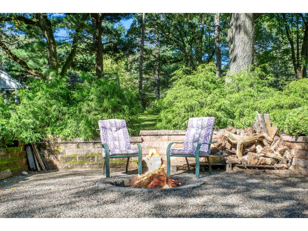 Professionally Landscaped Backyard Fire Pit!