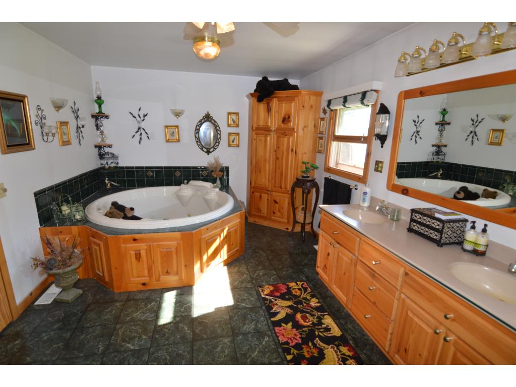 Oversized bath with jetted tub!