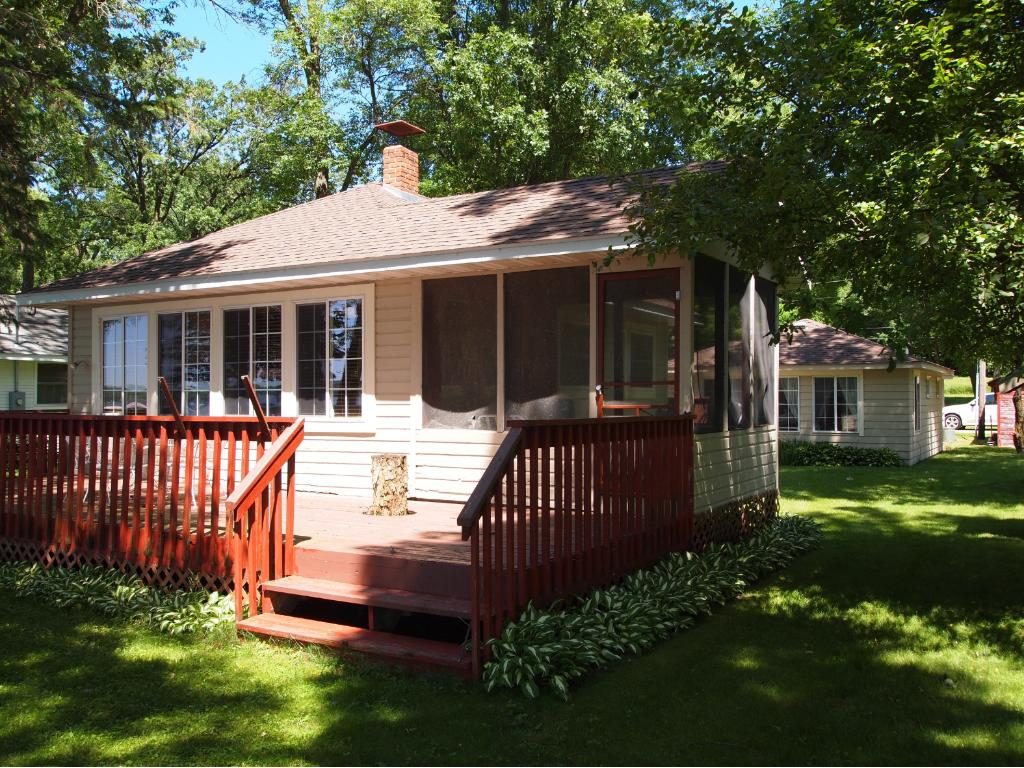 Main cottage has front and back deck