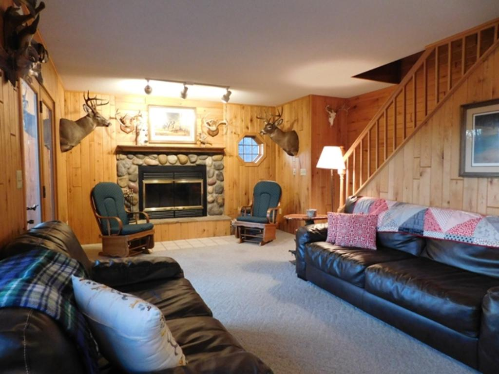 Main floor livingroom