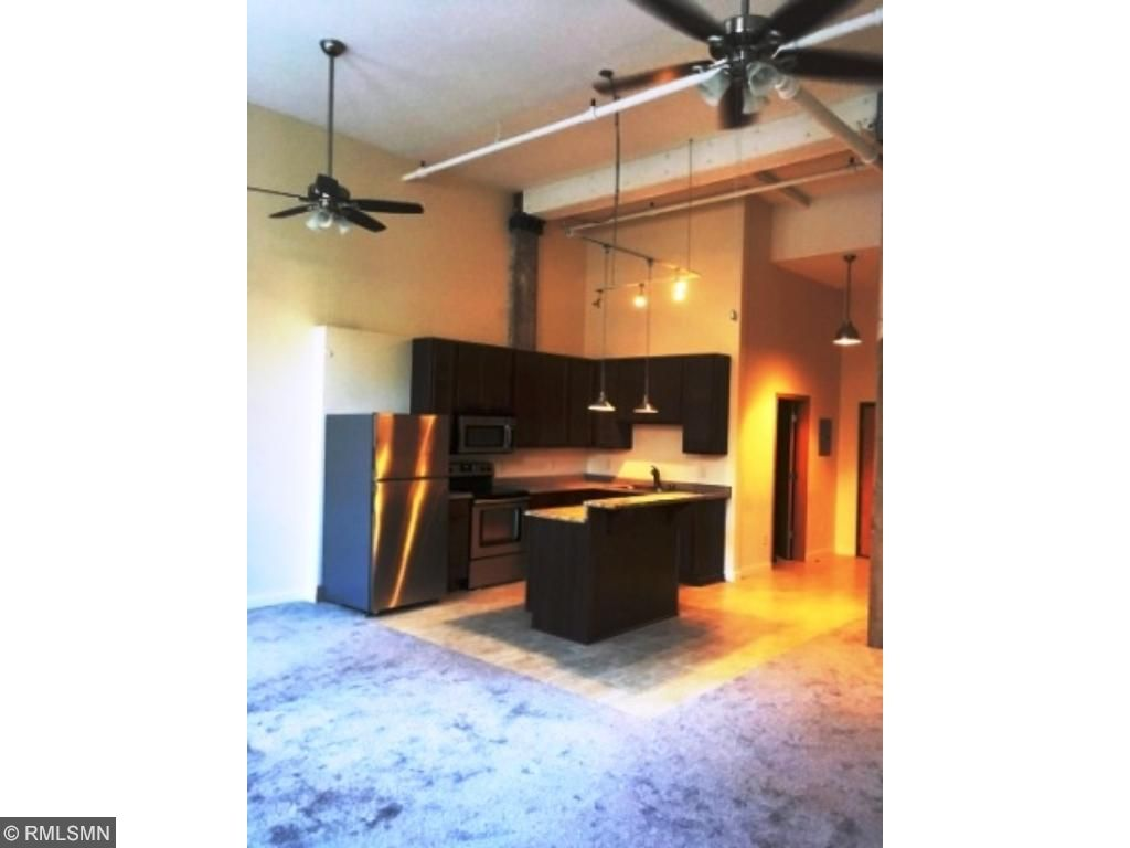Spacious 755 Square Ft Studio Loft