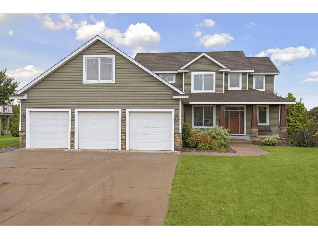 lakeside drive lindstrom mn mls edina two story executive home 5 bedrooms 4 bathrooms this homes has all the extra s
