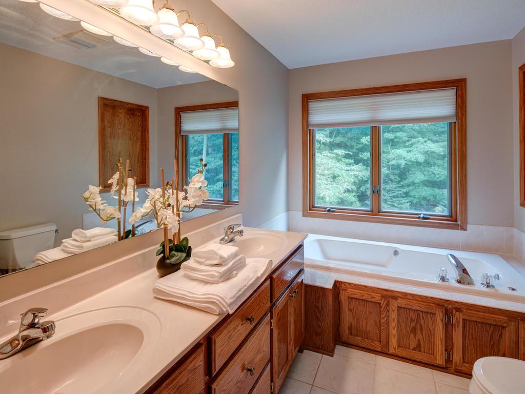 Owners' suite bathroom - plenty of space and good sunlight.