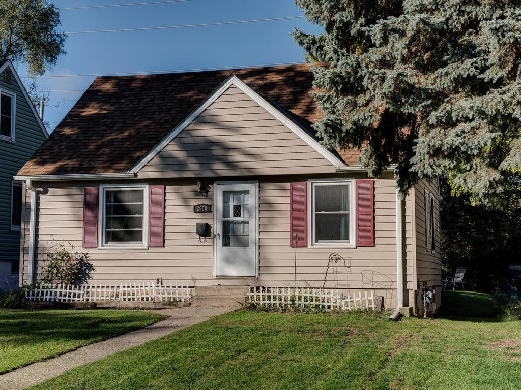 2908 Blackstone Avenue Saint Louis Park MN 55416