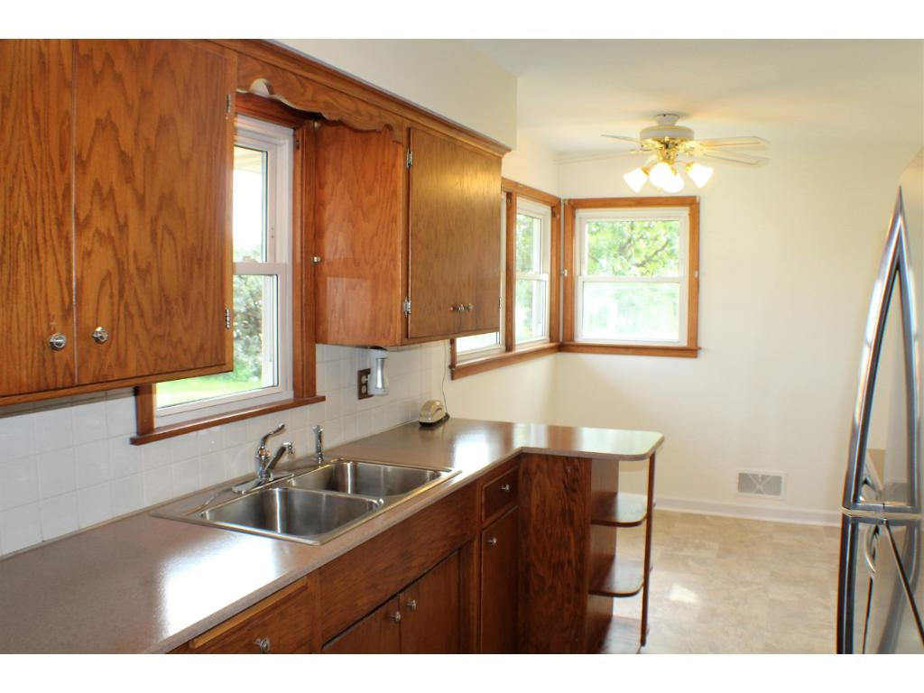 Spacious counter space and loads of cabinets, even a pantry. sunny eat-in breakfast nook.