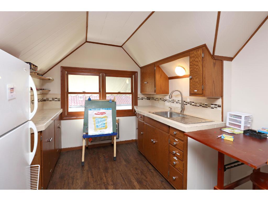 3rd floor kitchenette area