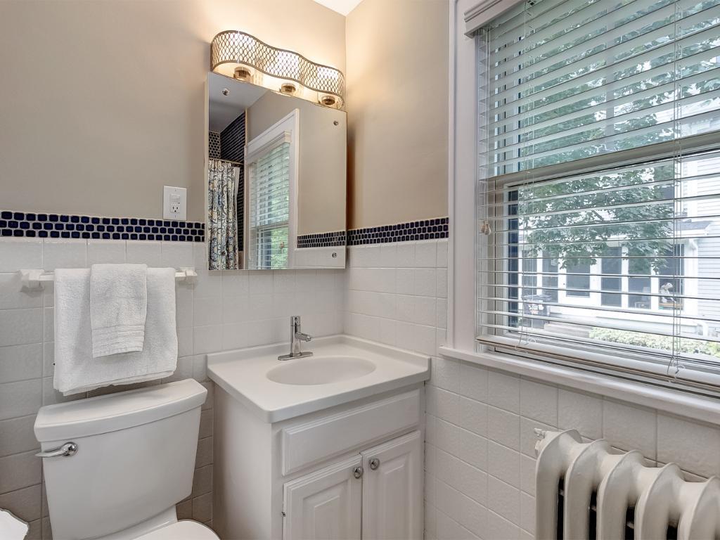 Main floor full bath has been freshly painted.