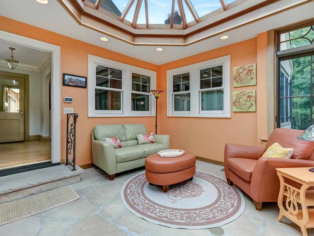 Enjoy lots of space in the conservatory to place furniture and plants.
