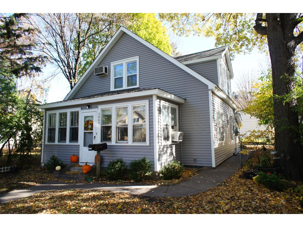 Convenient NorthEast location.  Brand new roof and siding in the last month!