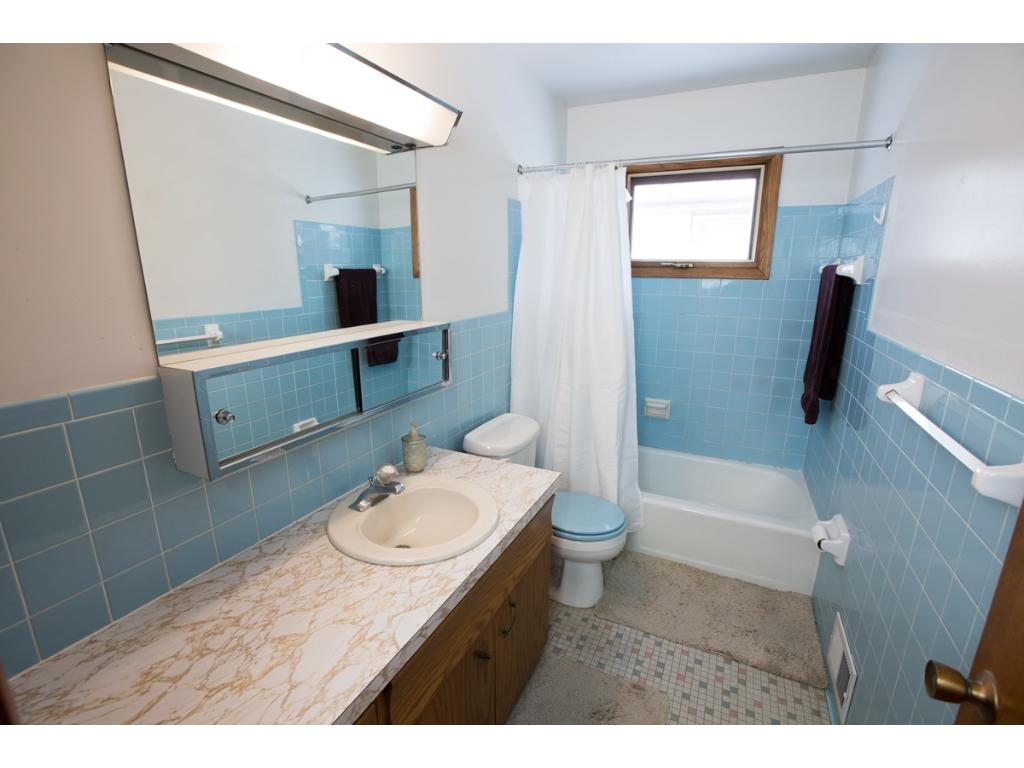 Bathroom 3104