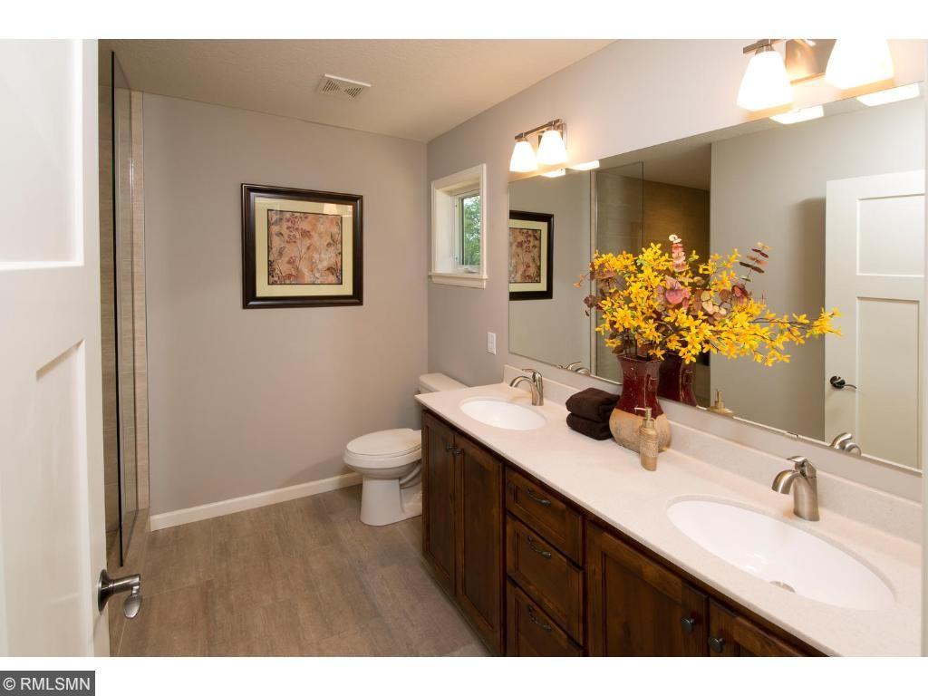 31089 magnolia lane lindstrom mn 55045 mls 4775066 edina realty. Black Bedroom Furniture Sets. Home Design Ideas