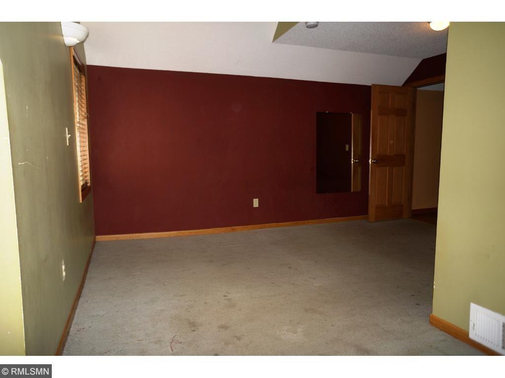XL Upper Bedroom 2nd View