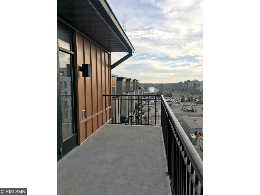 Clear view towards Lake Calhoun from your 125sf balcony w/gas hook-up.