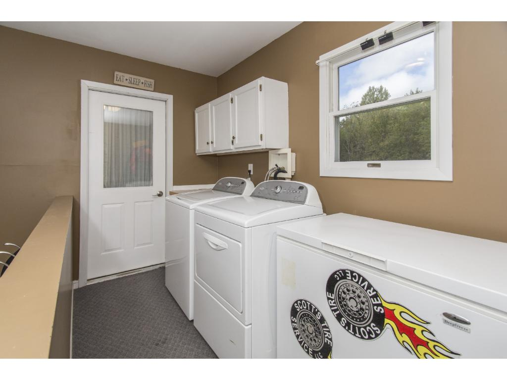 Combo mudroom and laundry