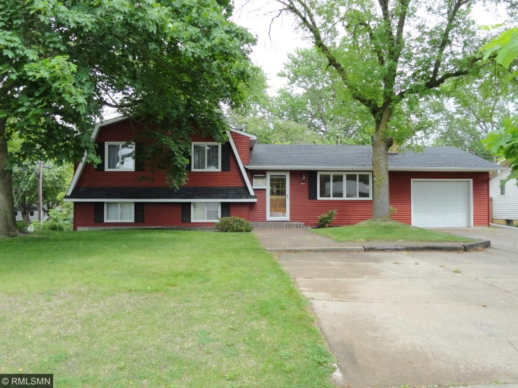 3148 boone avenue n new hope mn 55427 mls 4722316 for Boone cabins for sale