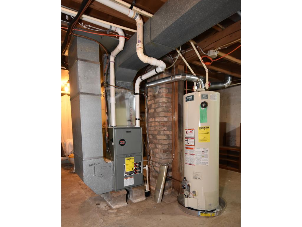 Recently updated high efficiency natural gas furnace/central AC system