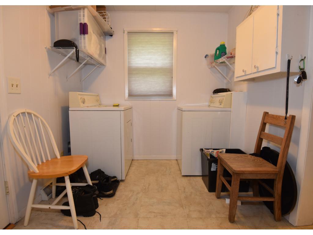 Entryway laundry/mudroom.
