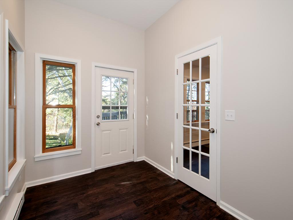Nice sitting or reading area just off the dining room and also has the doorway to the deck.