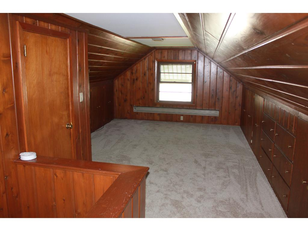 Spacious upper level, could make an amazing master suite!