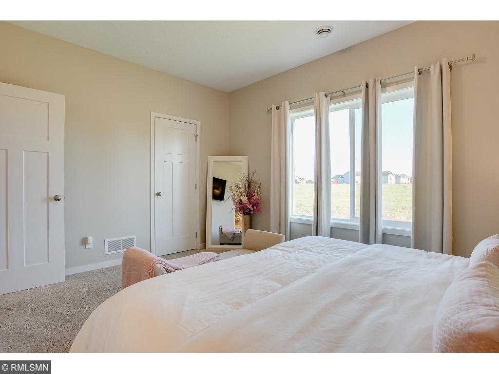 Master bedroomPhoto: Previously Sold Home