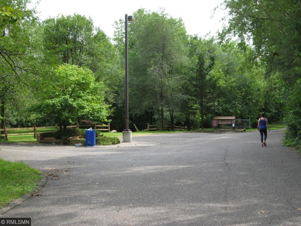Walk Sochacki Park and relax