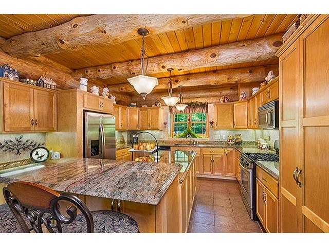 Gourmet Kitchen Loads Of Cabinets Granite And Stainless