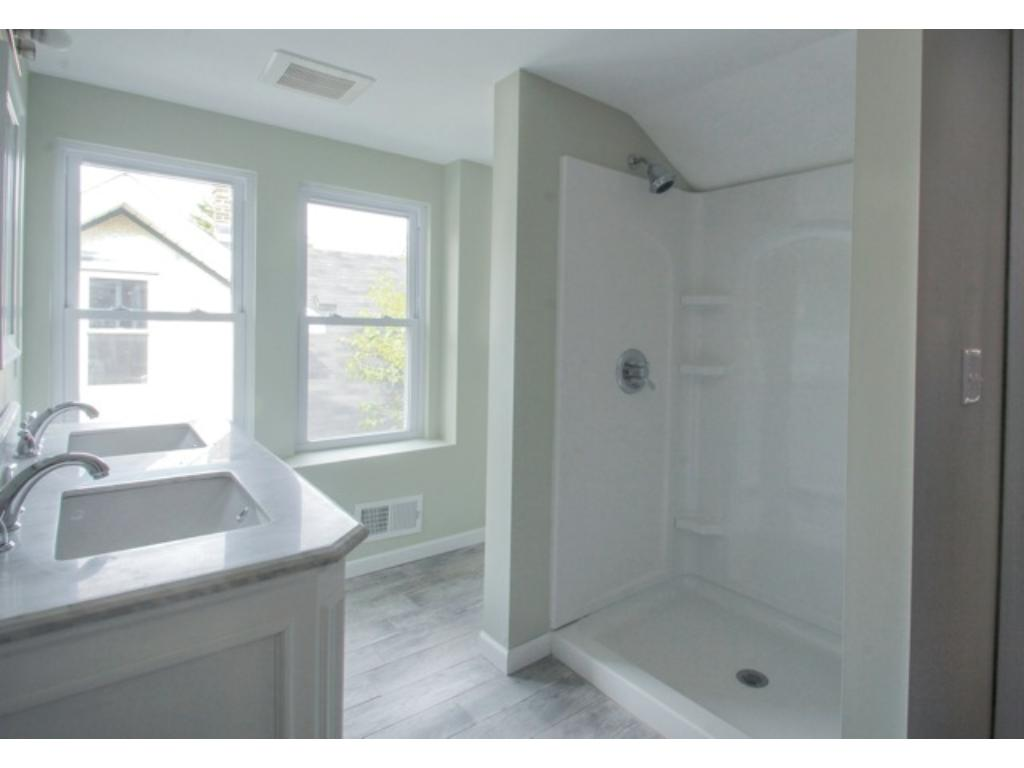Brand New Master Bath w/Dbl Vanity, Sinks, Faucets,Mirrors.