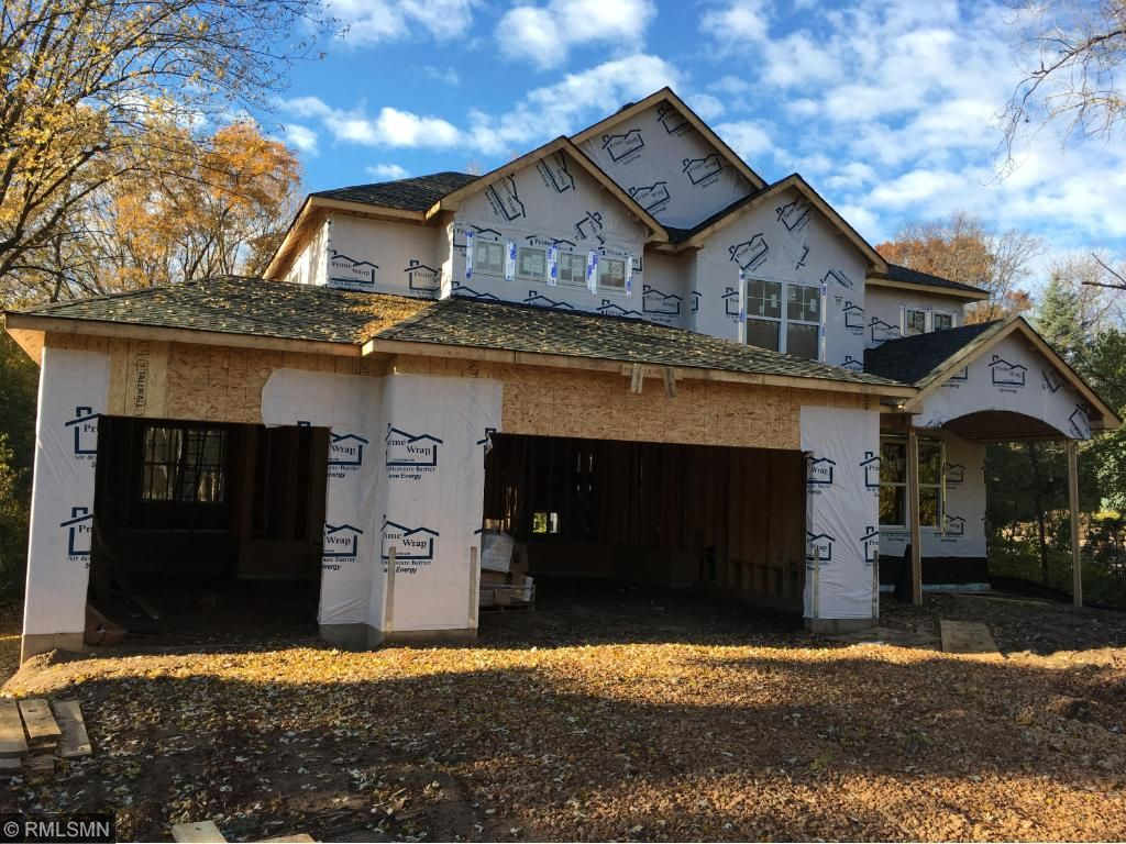 The home is turning out beautifully! All framed up and getting ready for siding.