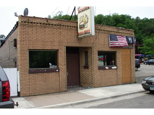 Prime location on the main street in busy downtown Taylors Falls. Walk to Interstate Park.