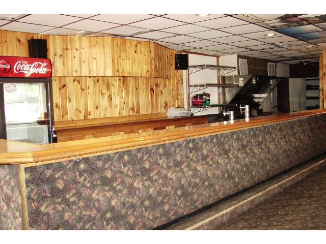 Established bar set up. Room for 33 bar stools.