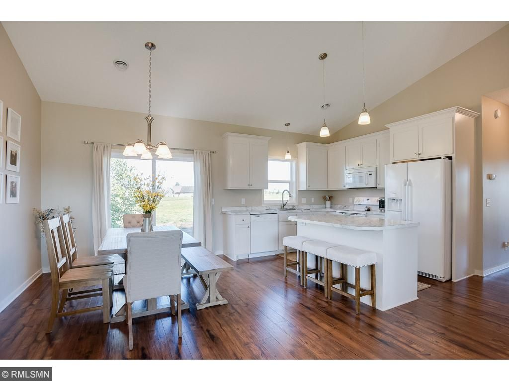 Eat in kitchen dining as well as counter seatingPhoto: Previously sold home