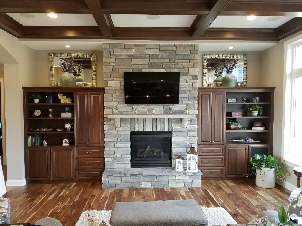 3724 Hickory Trail Prior Lake Mn 55372 Mls 4800754 Edina Realty . Hickory  Fireplace And Patio ...