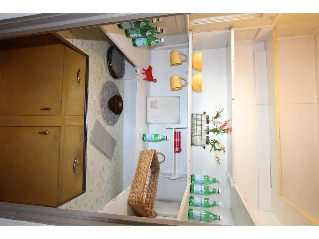 Wonderful size pantry off the kitchen
