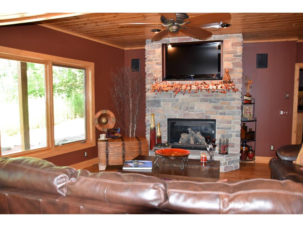 moccasin chat rooms This 132 acre home is located on a quiet cul-de-sac street that boarders wolf hollow park and is down the road from moccasin room, master bathroom w.