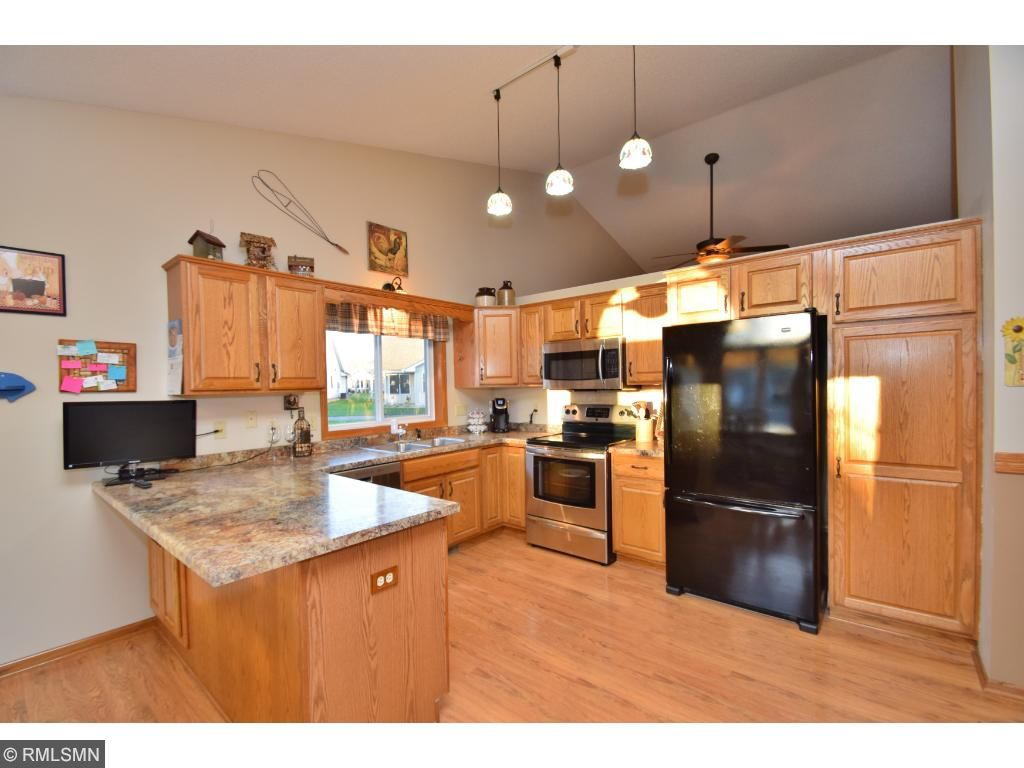 New appliances, flooring & countertops in 2013