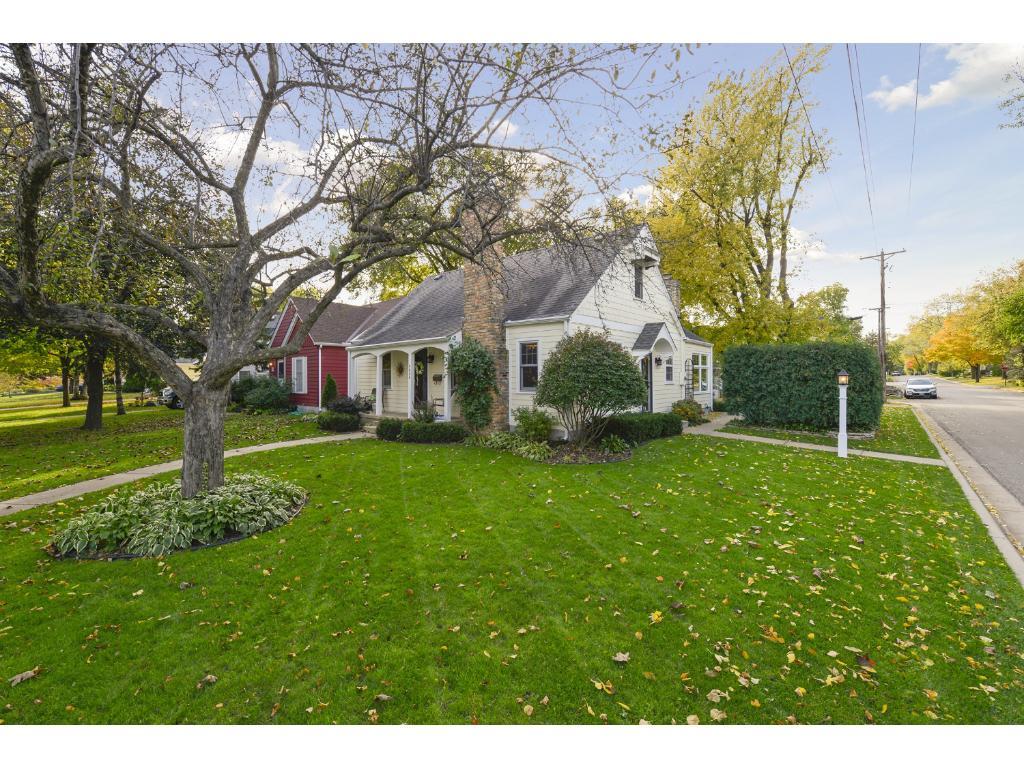 Welcome to 4000 Monterey Ave, located in desirable Morningside neighborhood of Edina.