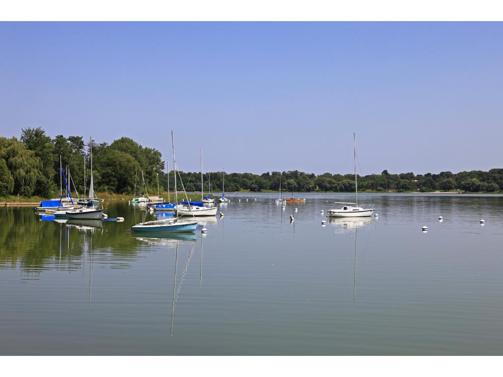 Beaches, boating, paddle boarding - there are many options at Lake Nokomis