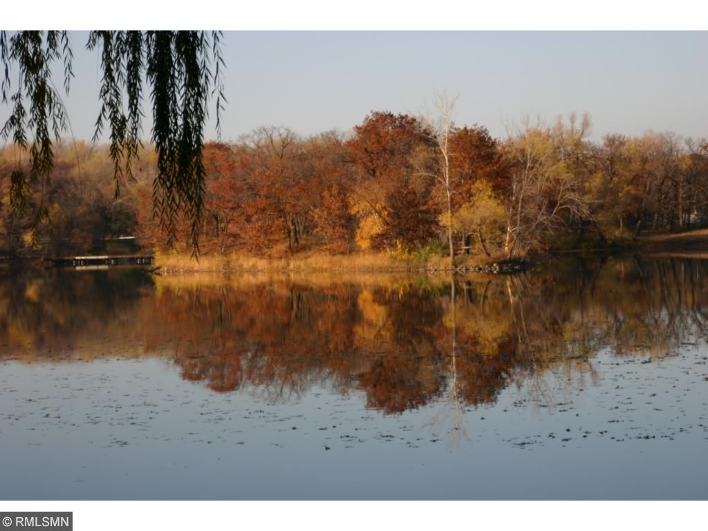 Fall view of the lake.
