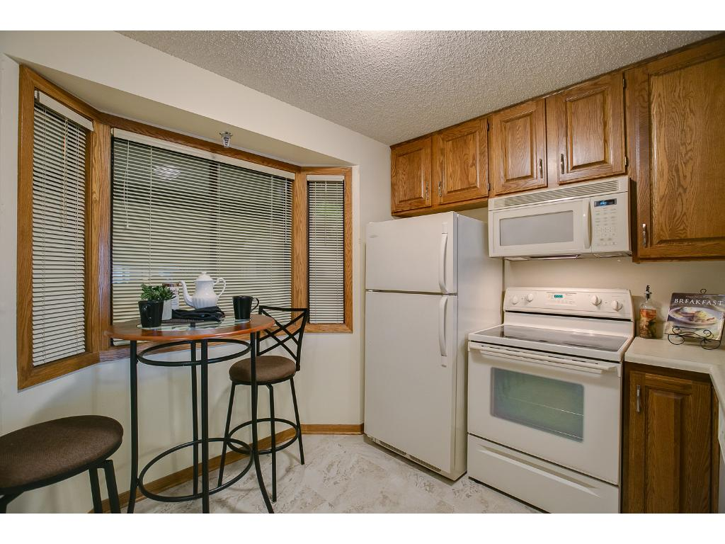 Eat in kitchen plus breakfast bar and informal dining allow maximum use of space!