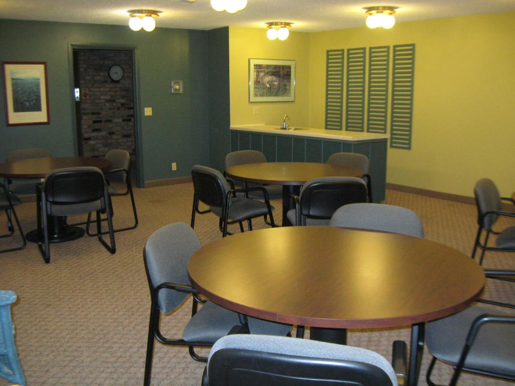 2ND FLOOR COMMUNITY ROOM