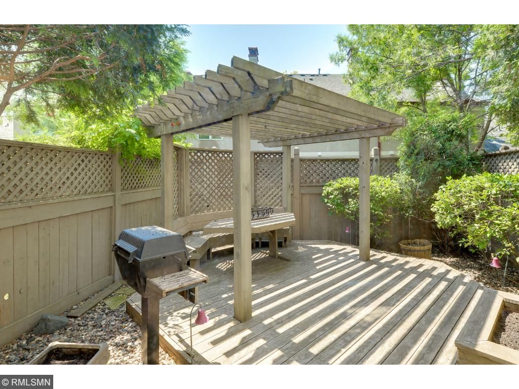 Large patio/Deck area with gas grill line.